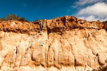 limestone cliffs portugal